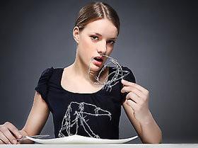 Doniesienie z badań cz. II – jedzenie a anoreksja
